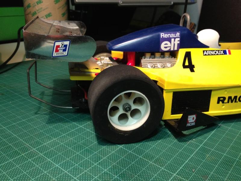 Tamiya-50014-Martini-Mk22-Renault-F2_40.