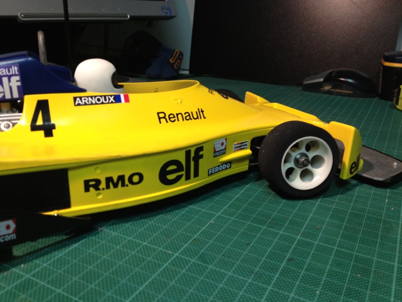 Tamiya-50014-Martini-Mk22-Renault-F2_41.